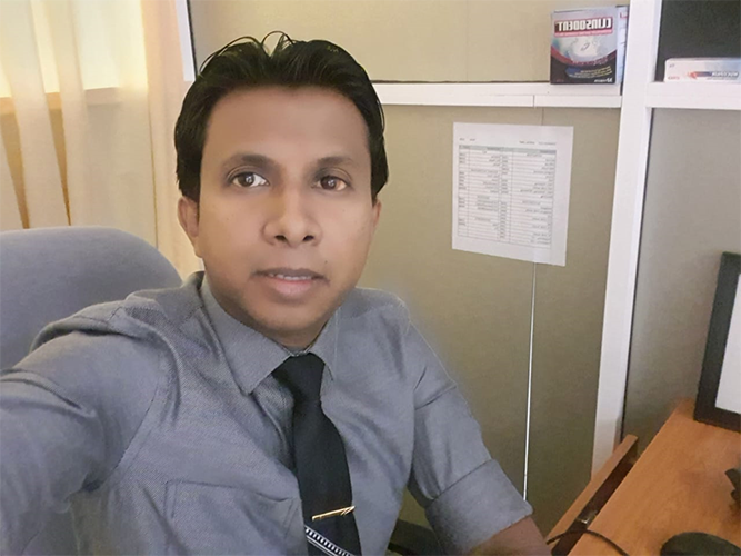 Dr. Lakruwan Wijayasinghe, BDS, SLMC Reg 2446